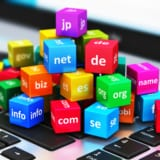 サイト構築をする前にドメイン名を決めることは非常に大事です